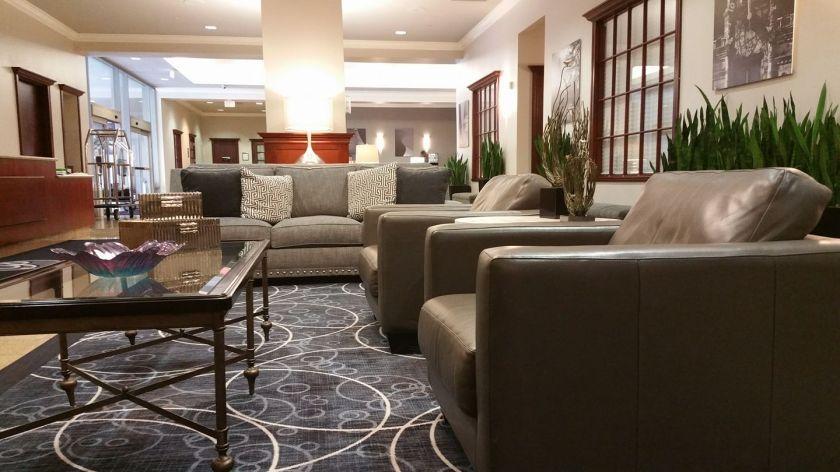 parkway hotel lobby