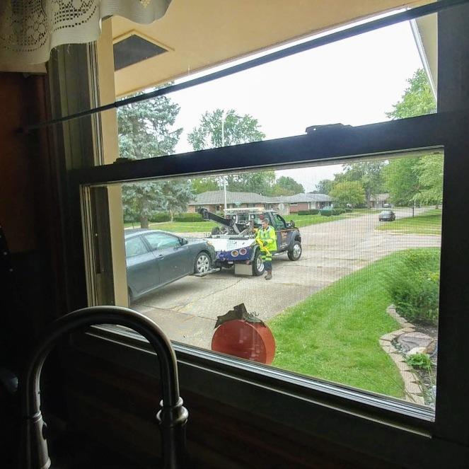 car being towed.jpg